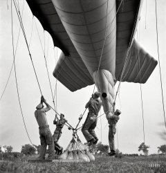 How to Bed a Balloon: 1942