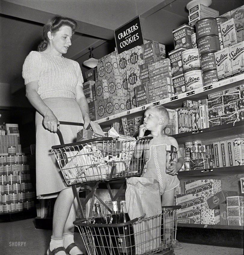 Cheese Midgets: 1942