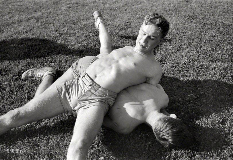 Vise Grip: 1942