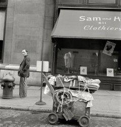 Manhattan Hobo: 1942