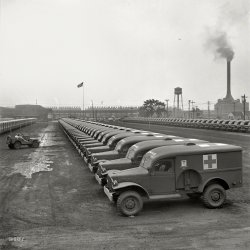 Army Ambulances: 1942
