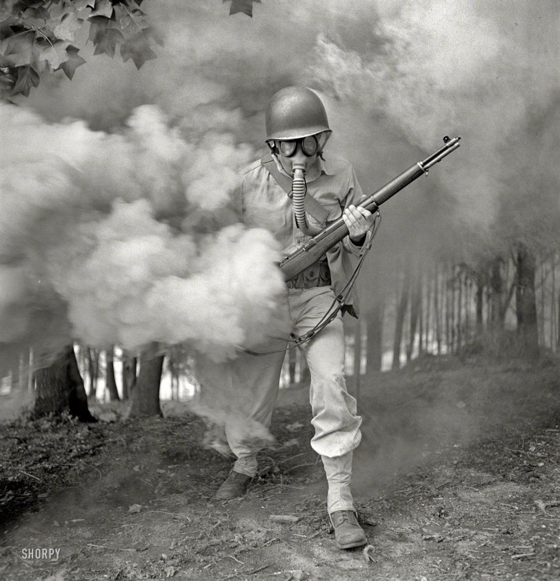 Smokescream: 1942