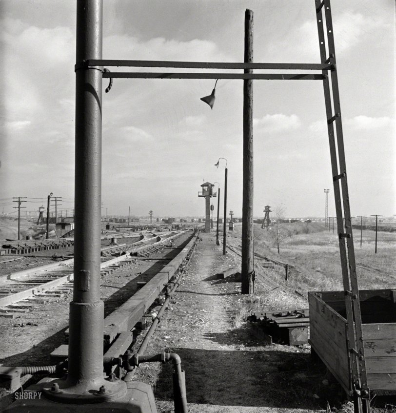 The Railyard: 1942