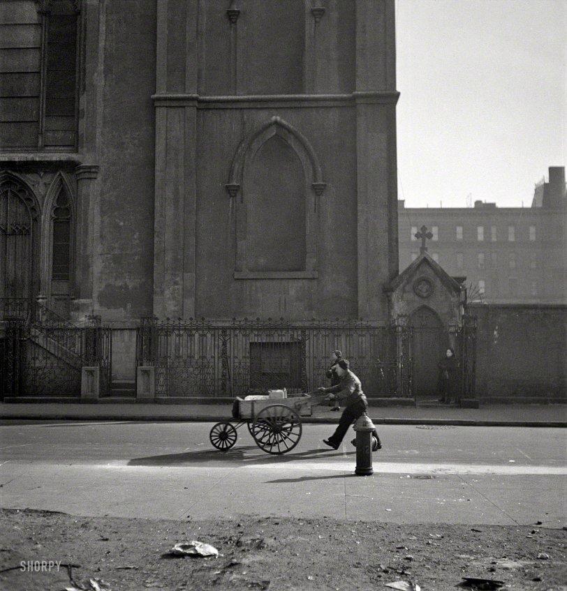 Street Pusher: 1943