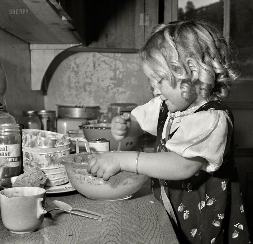 Mixmistress Mutz: 1943