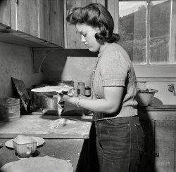 Sugar and Spice: 1943
