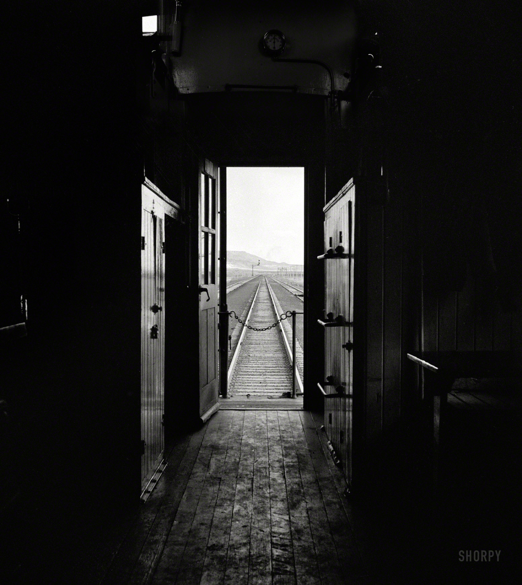 Shorpy Historic Picture Archive  The Doors of Perception 1943 high-resolution photo & Shorpy Historic Picture Archive :: The Doors of Perception: 1943 ...