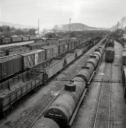 Barstow Yard: 1943