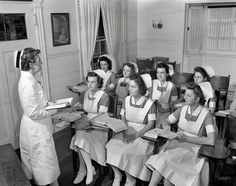 Student Nurses: 1942