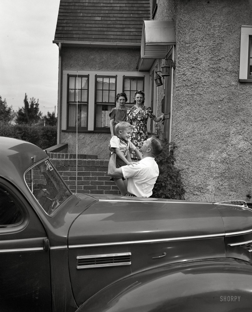 Daddy's Boy: 1943