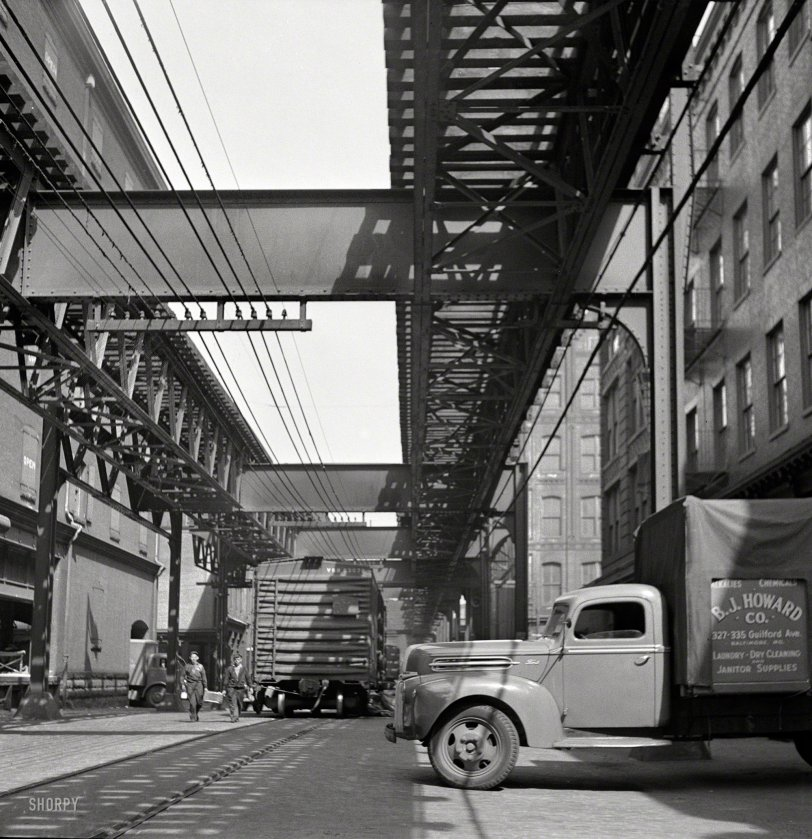 Inside Track: 1943