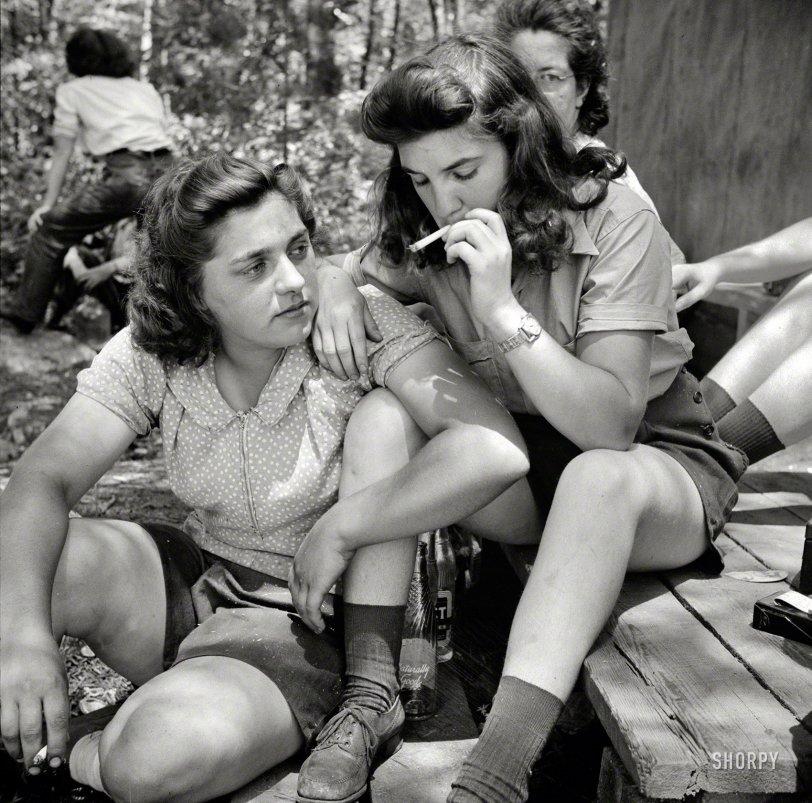 Pit-Women: 1943