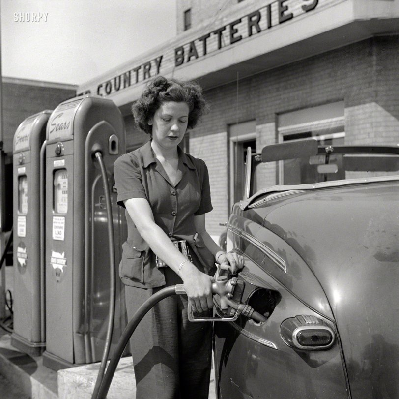 Fill It With Ethyl: 1943