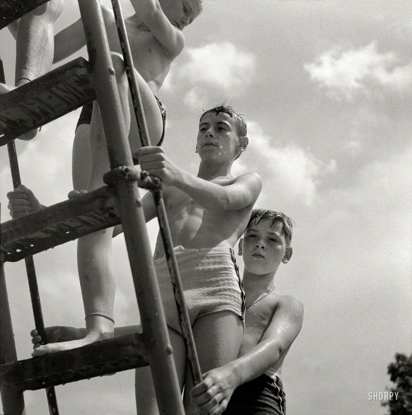 Sliders: 1943