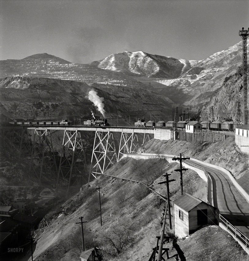 Cu Cu Train: 1942