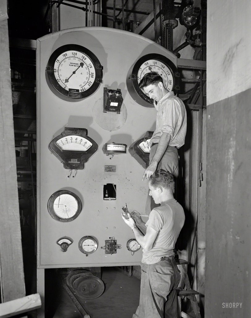 Engauged: 1942