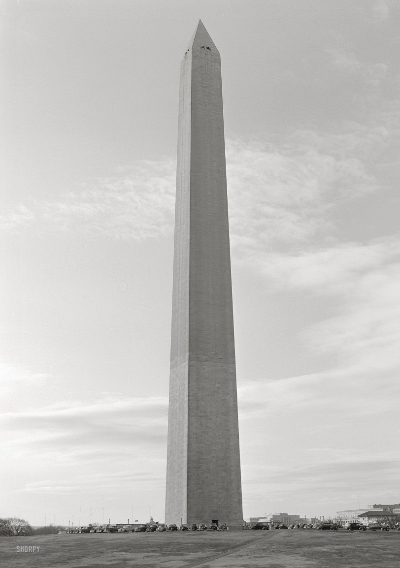Wartime Washington Monument: 1943
