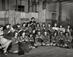 New Bedford Knitters: 1942