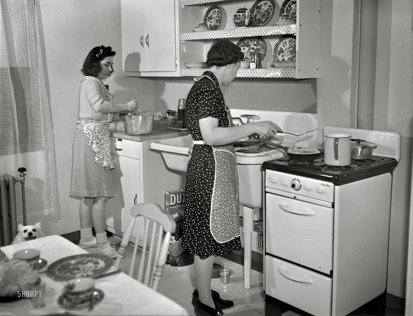 island for kitchens modern kitchen 1942 shorpy photos vintage photography 1942