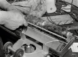 Vacuum Cleaner Cleaner: 1942