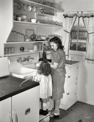 Mother's Little Helper: 1942