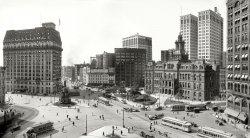 Bustling Detroit: 1915