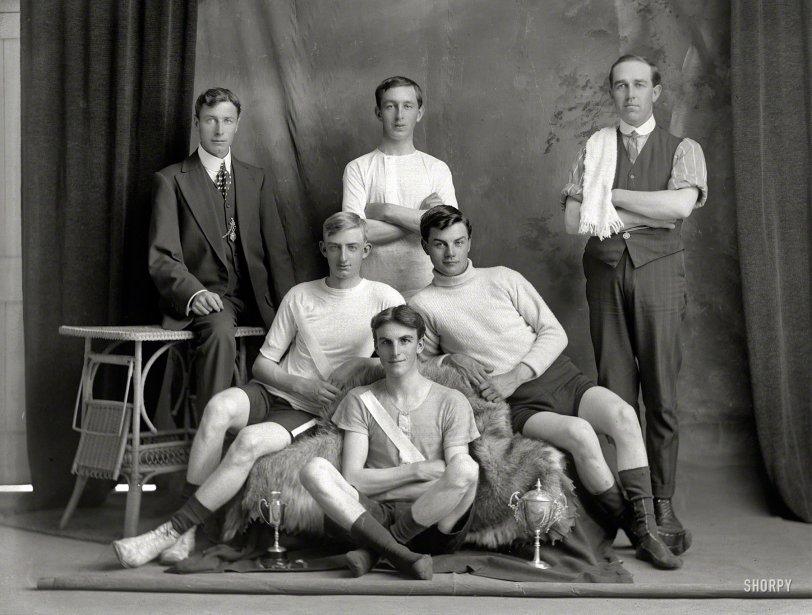 Minor Heroes: 1910