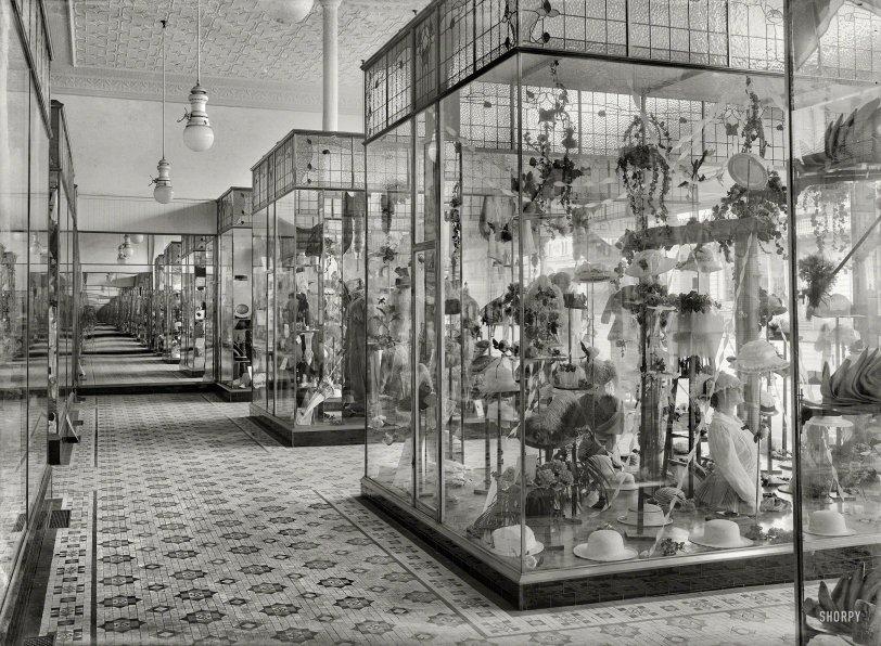 Hat-Mart: 1915