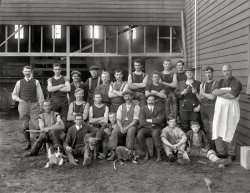 Looking Sharp: 1914