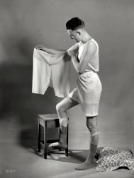 What a Waist: 1920s
