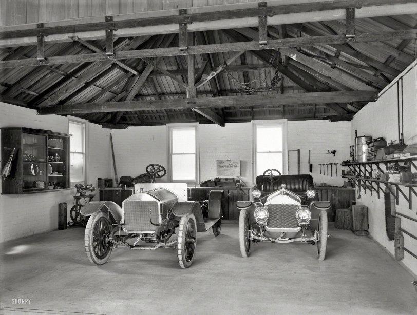 Kiwi Garage: 1908