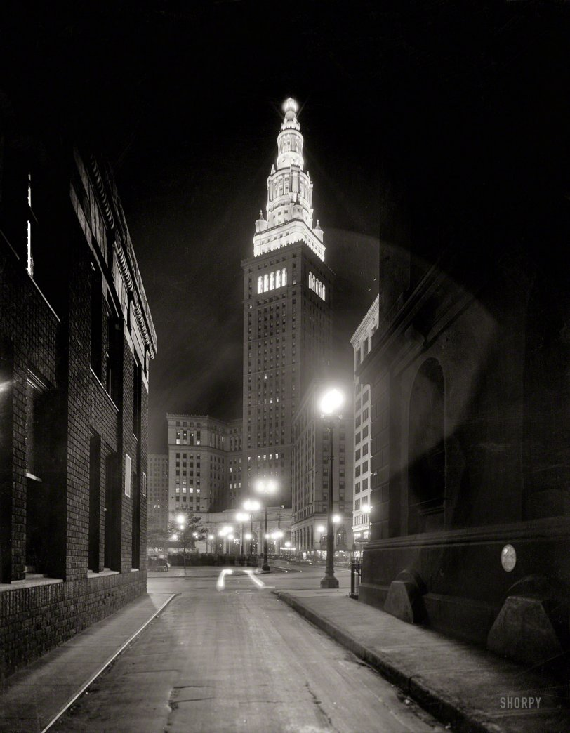 Night Alley: 1930