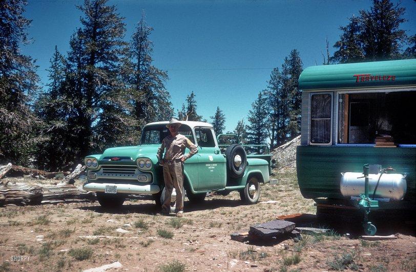 Traveleze: 1959