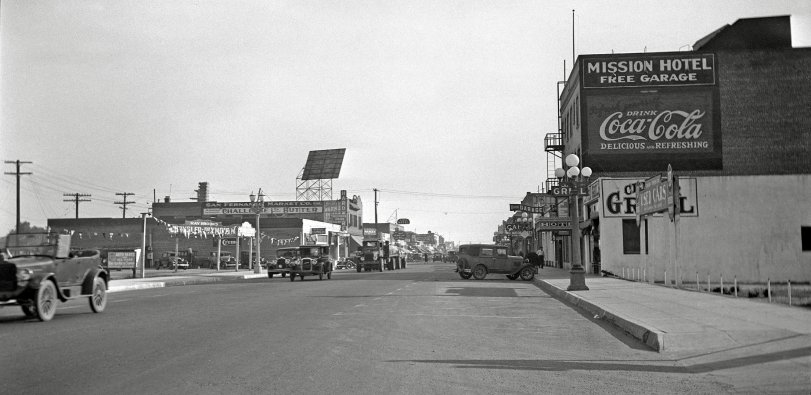 San Fernando Commercial Street: 1931