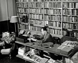 Signal Corps Library: 1943