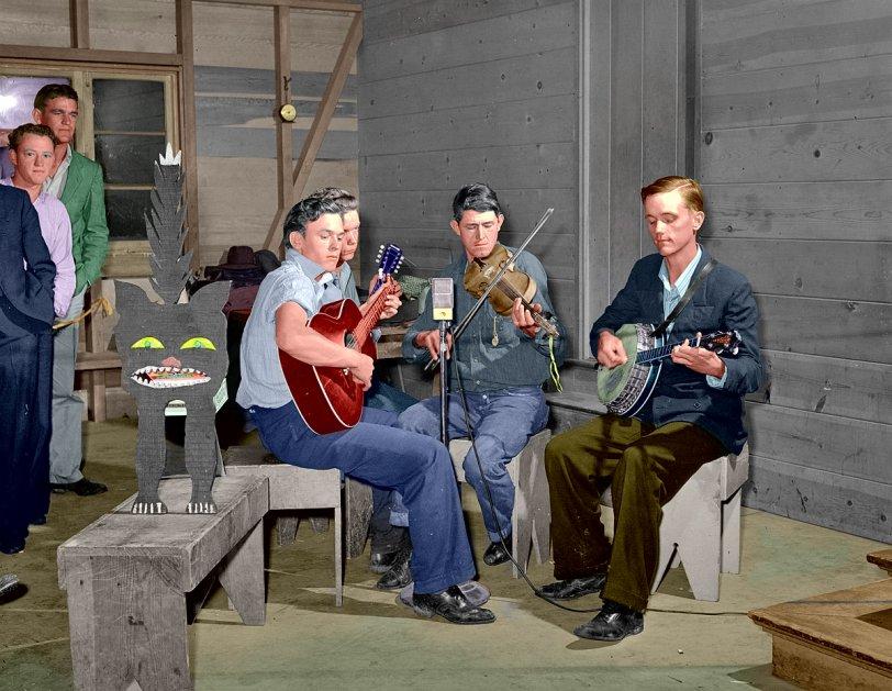 Halloween Hoedown: 1940
