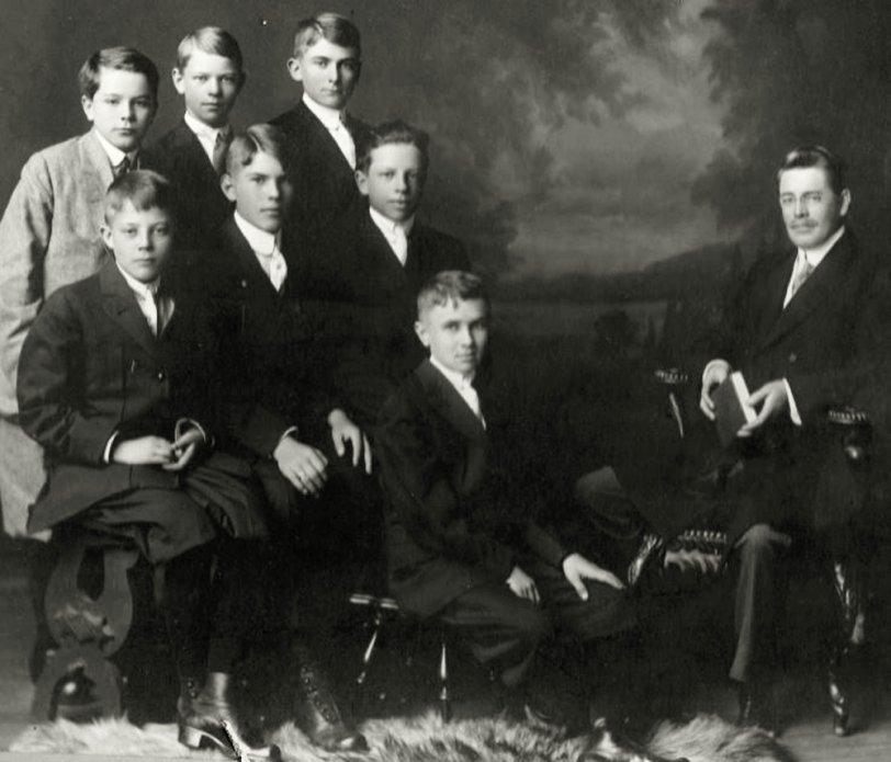Warren Erickson: 1912