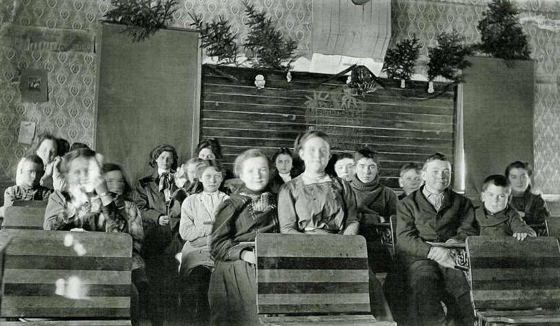 White Lake School: 1909