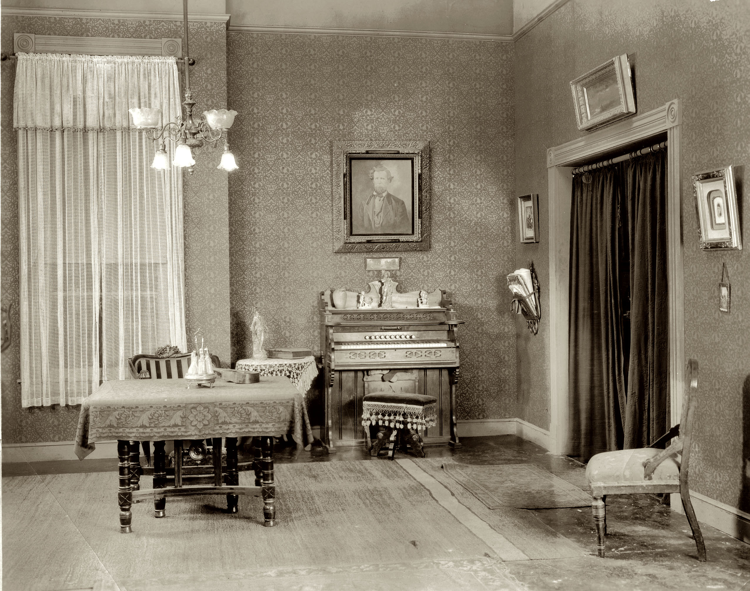 Shorpy historic picture archive drawing room 1920s high for Room decor 1920s
