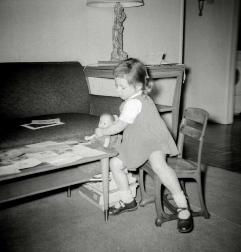 Playing Dolls: 1959