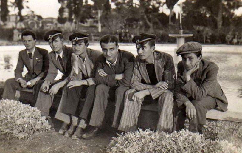 Students: 1937