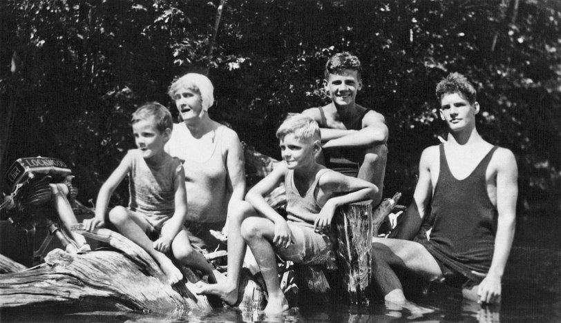 Freeman Brothers: 1930