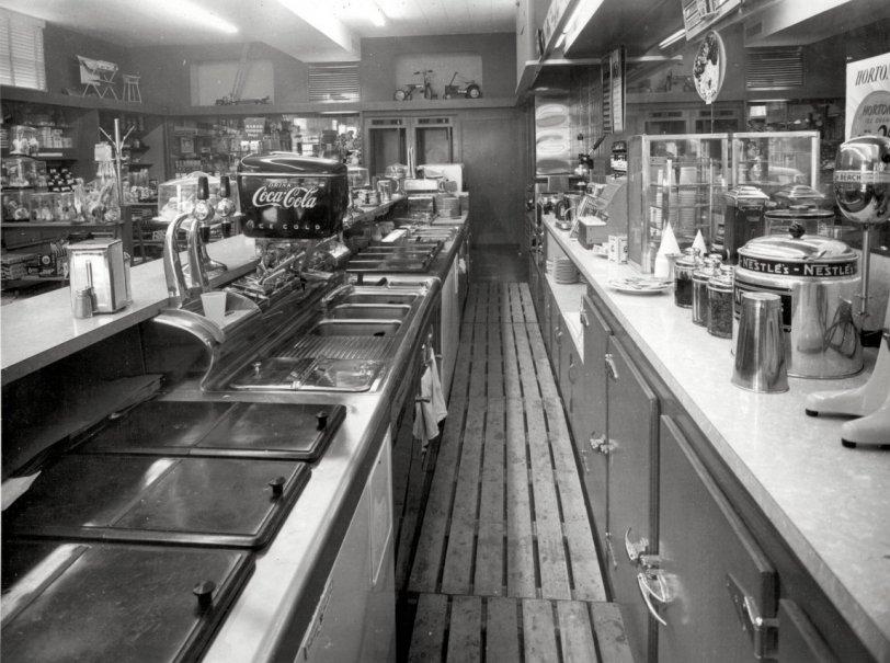 Fountain Service: 1950s