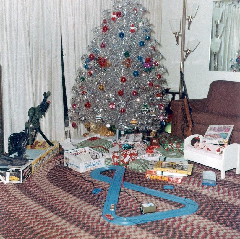 Silver Christmas Tree Color Wheel: Aluminum Christmas: 1964