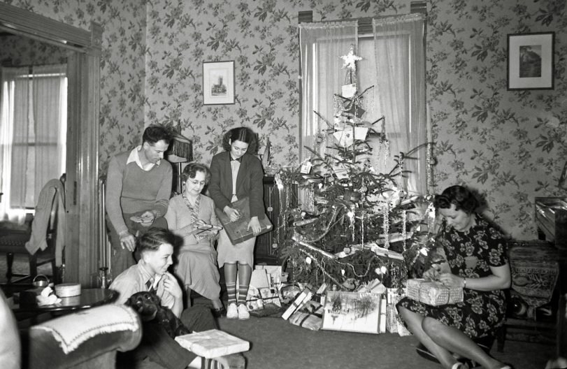 A Fine Christmas Morning: 1940