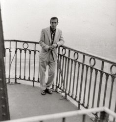 Daddy in Paris: 1956