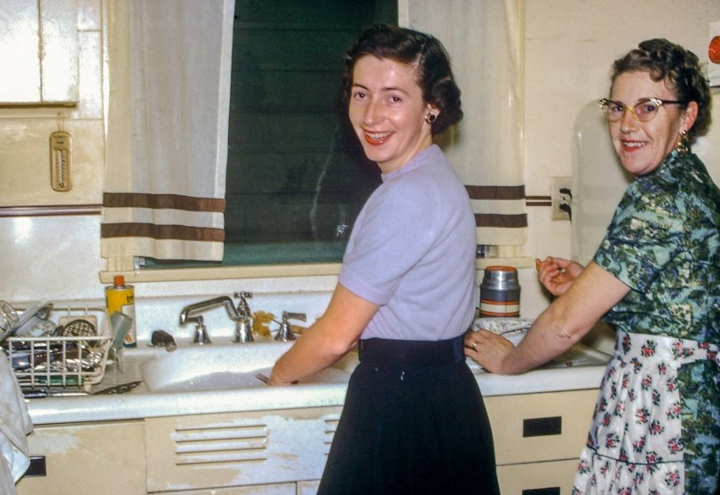 Christmas Clean-Up: 1956