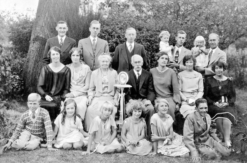 The Whole Fam Damily: 1927