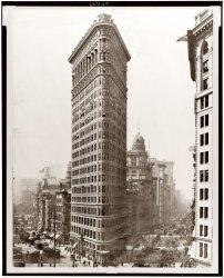Flatiron Building: 1910