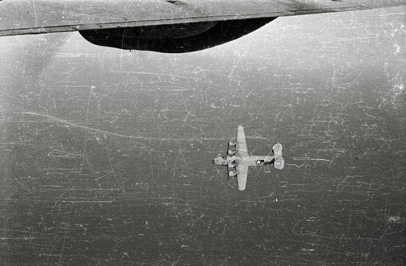 WW2 B-17 in Flight